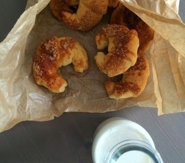 Cookit Przepis Na Topione Rogaliki Drożdżowe Siostry Anieli
