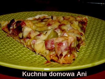 Cookit Przepis Na Pizza Wiejska Z Boczkiem I Ogorkiem Kiszonym