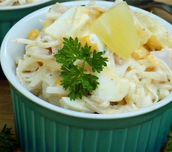 Cookit Przepis Na Salatka Z Ananasa I Selera Konserwowego